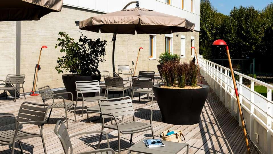 OKKO Hotels Grenoble - EDIT_TERRACE_02.jpg