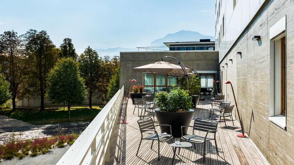 OKKO Hotels Grenoble - EDIT_TERRACE_03.jpg