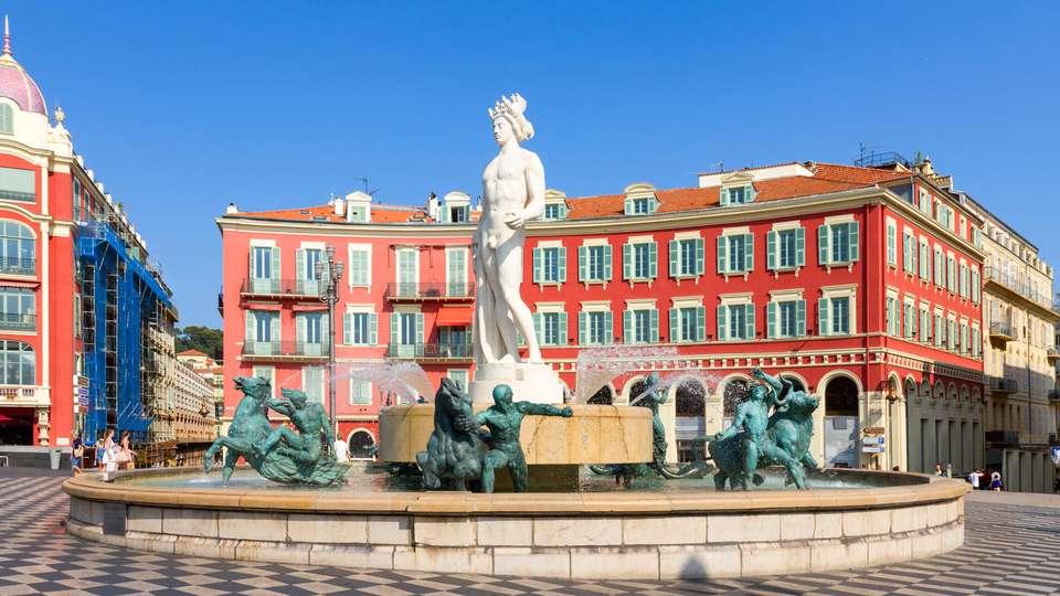Hôtel La Pérouse Nice Baie des Anges - EDIT_DESTINATION_03.jpg