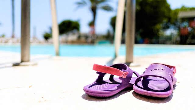 Disfruta de un apartamento en Pensión Completa a orillas de la playa de Aguadulce (desde 3 noches)