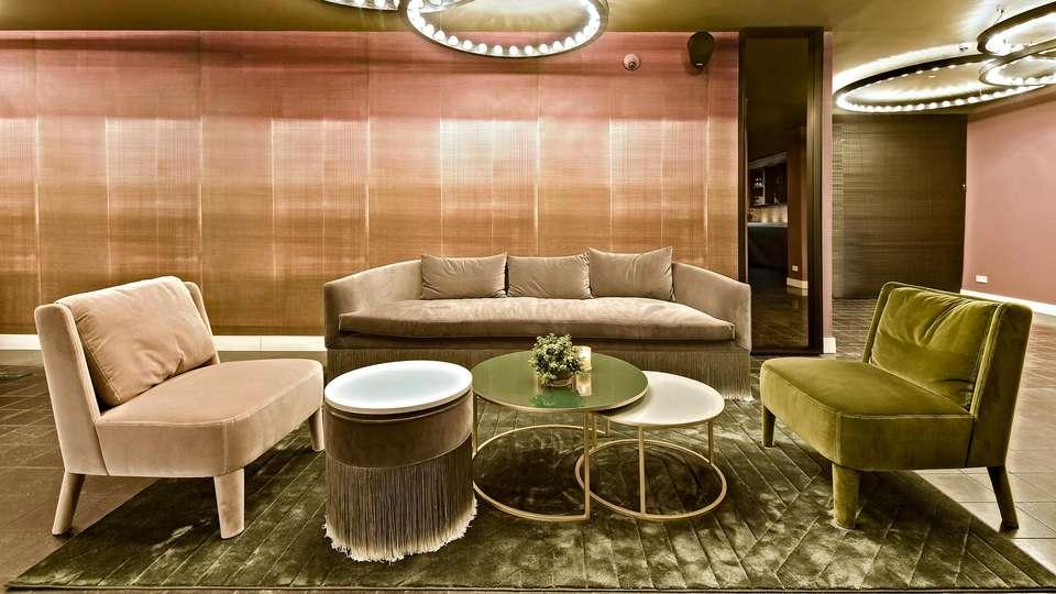 Zaan Hotel Amsterdam - Zaandam - EDIT_LOUNGE_01.jpg