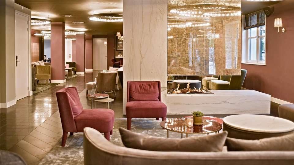 Zaan Hotel Amsterdam - Zaandam - EDIT_LOUNGE_05.jpg
