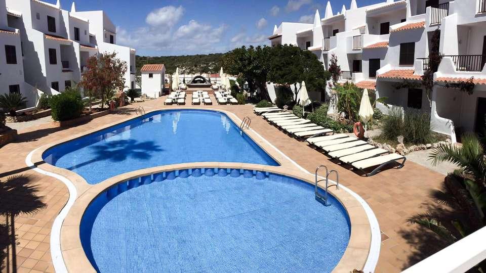 Nelva Resort - EDIT_POOL_02.jpg