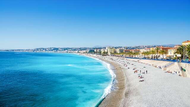 Brisa marina en la Costa Azul en Niza