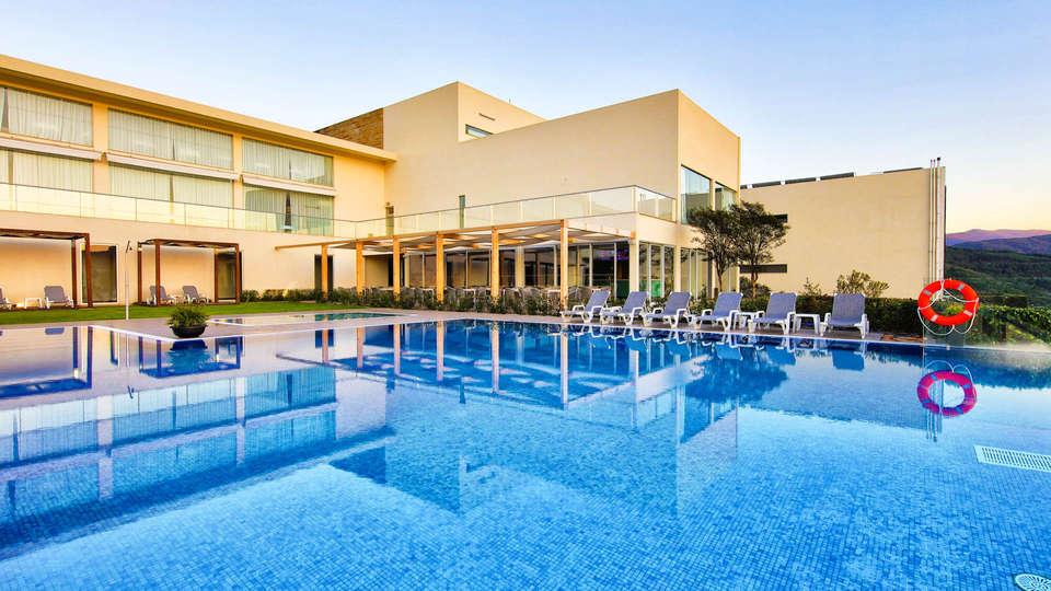 Agua Hotels Mondim de Basto - EDIT_NEW_POOL2.jpg