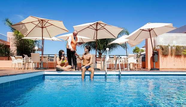 Escápate al sol de Tenerife con desayuno incluido y vistas al Teide y al mar