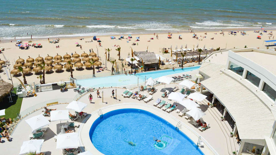 On Hotels OceanFront Designed For Adults - EDIT_POOL2.jpg