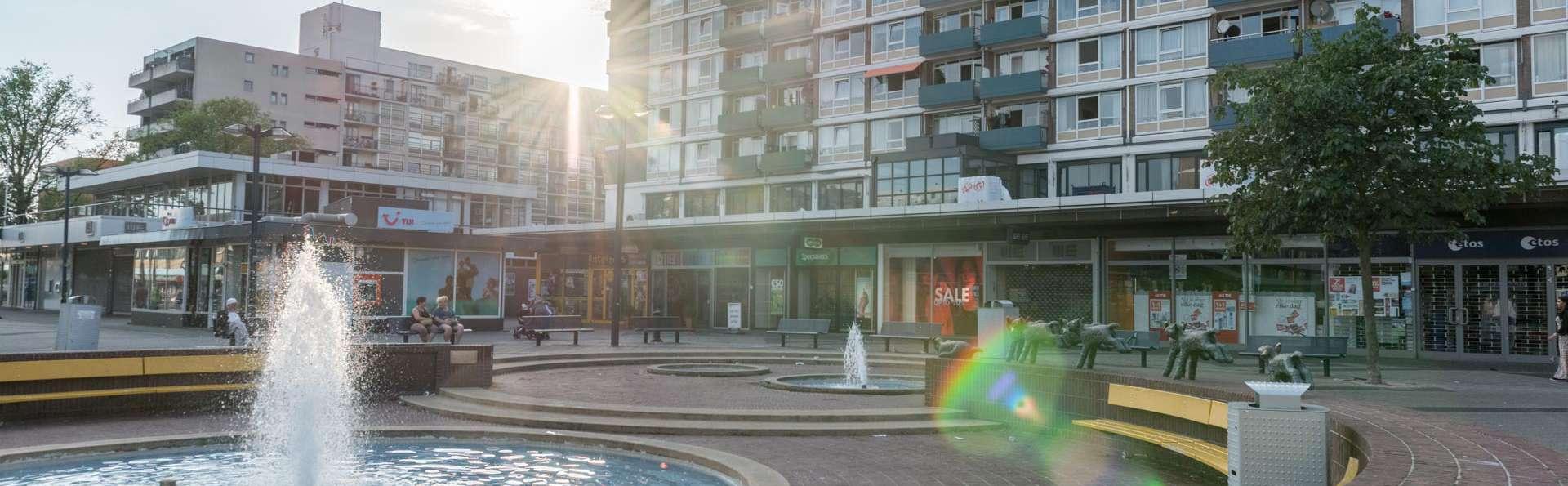 Citiez Hotel Amsterdam - EDIT_FRONT_02.jpg