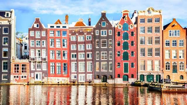 Trendy hotel om Amsterdam te ontdekken en lokale lekkernijen te proeven