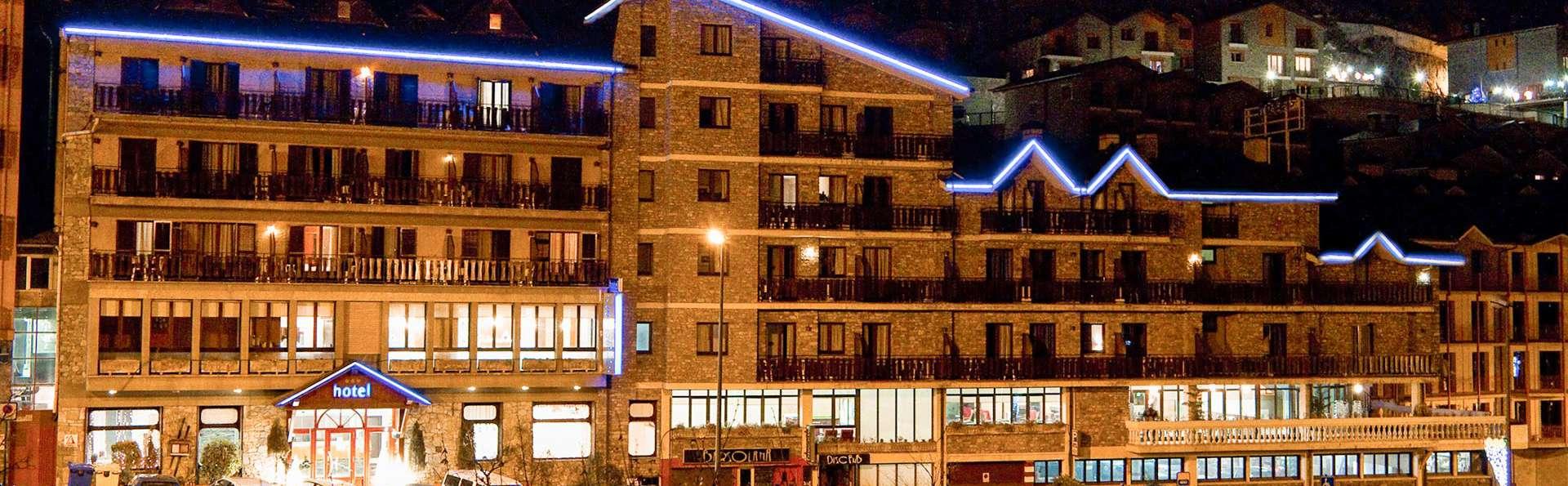 Hotel Solana Arinsal - EDIT_FRONT_01.jpg