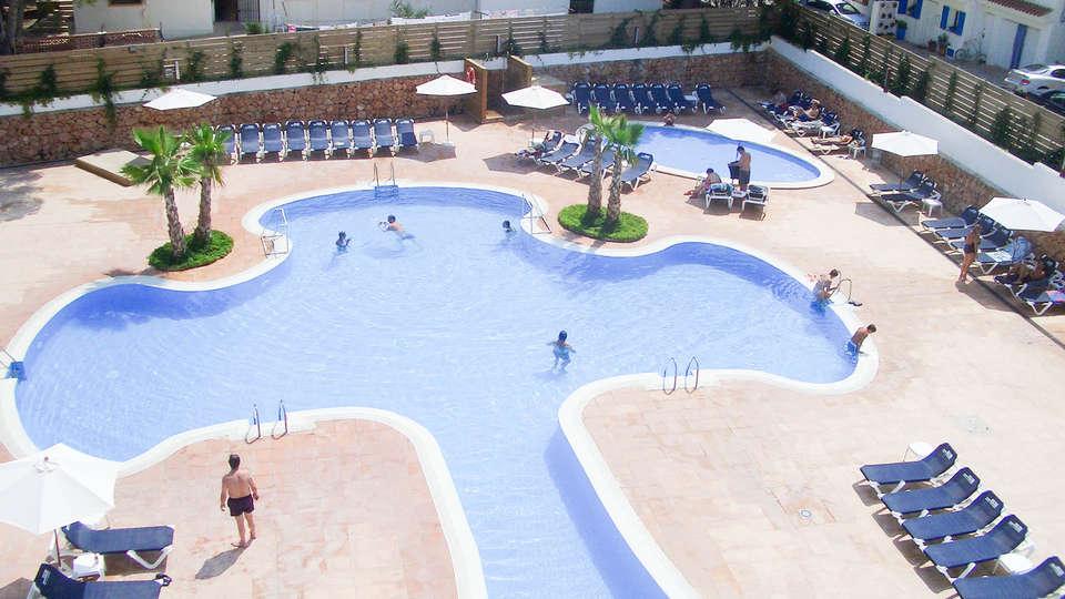 Alegría Hotel Alcossebre - EDIT_POOL3.jpg
