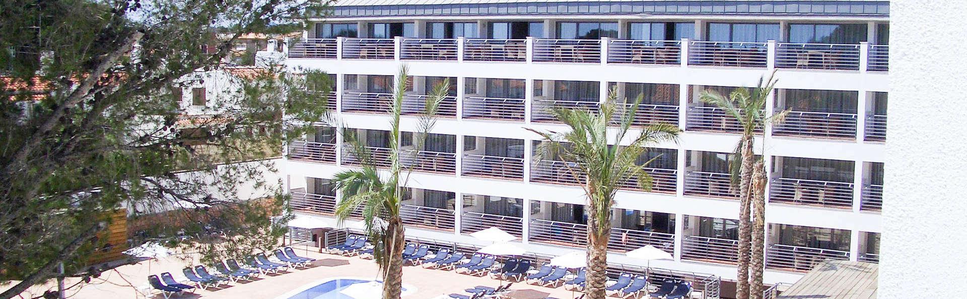Alegría Hotel Alcossebre - EDIT_POOL2.jpg