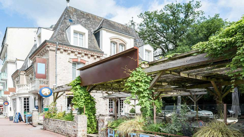 The Originals Boutique, Hôtel Ô Gayot, Bagnoles-de-l'Orne (Inter-Hotel) - EDIT_NEW_FRONT_01.jpg