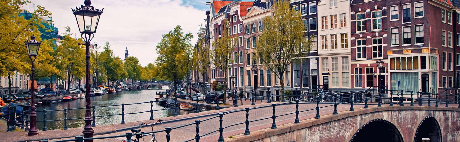 Traverser Amsterdam à vélo, c'est toujours une bonne idée !