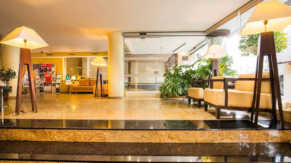 Magic Andorra - EDIT_Livingroom_3.jpg