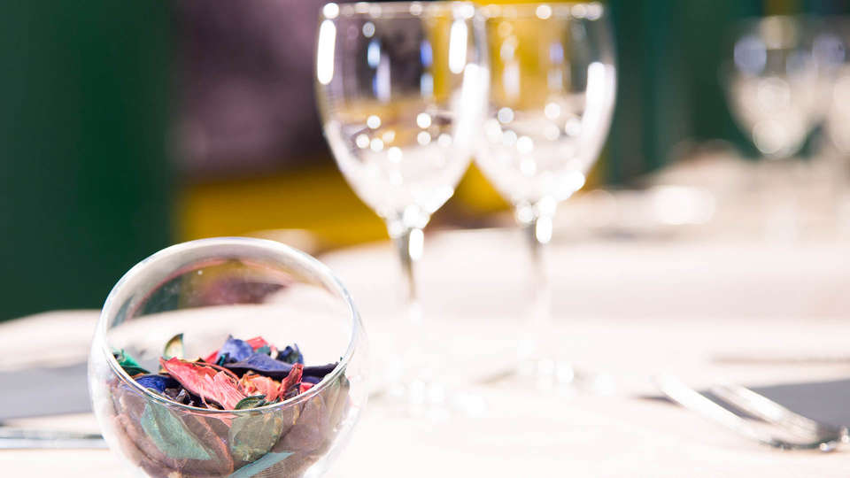 Magic Andorra - EDIT_Restaurant_1.jpg