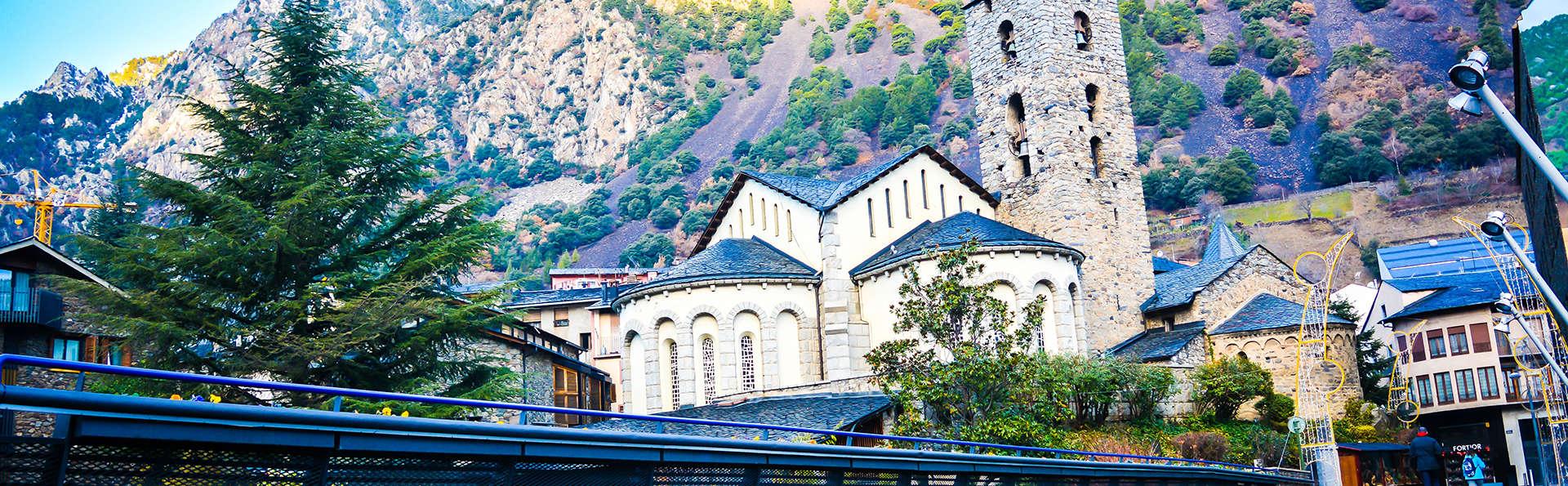 Petite pause exquise dans la vieille ville d'Andorre La Vella avec dîner.