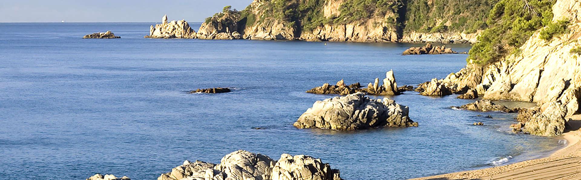 Découvrez la Costa Brava à Lloret de Mar en pension complète (à partir de 3 nuits)