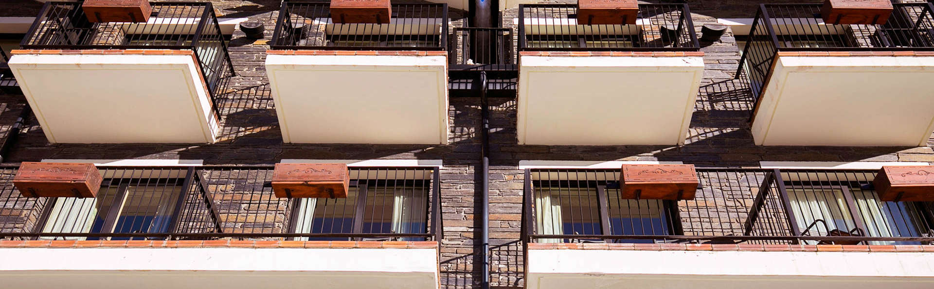 Hotel Piolets Soldeu Centre - EDIT_Exterior_Winter_4.jpg