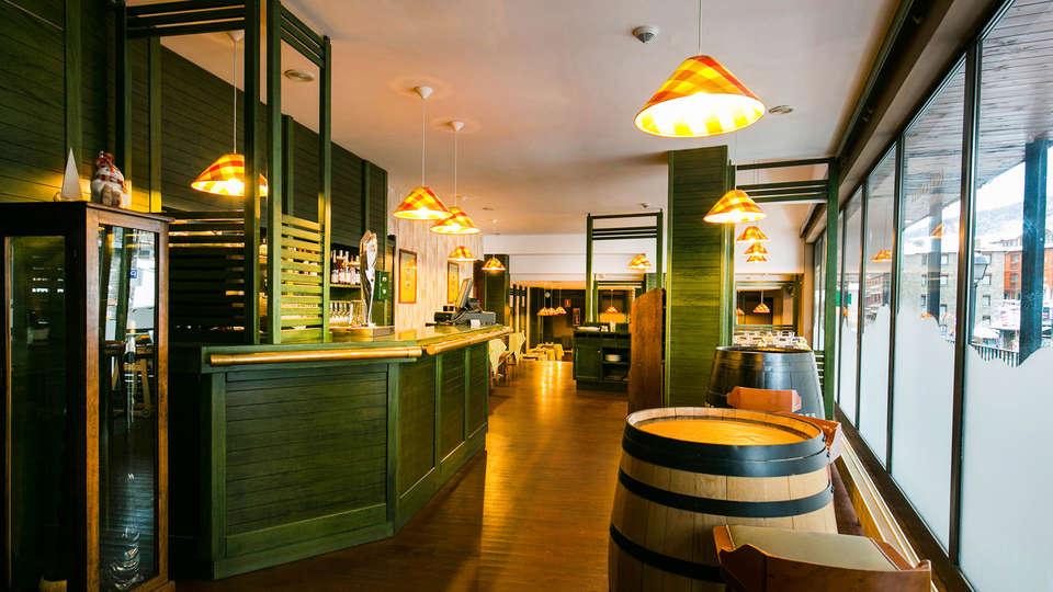 Hotel Piolets Soldeu Centre - EDIT_Fontanella_Restaurant_5.jpg