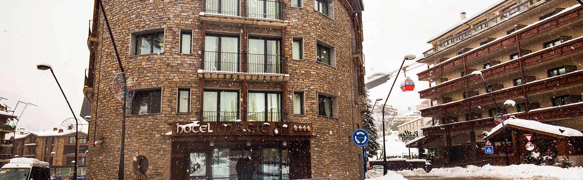 Hotel Màgic Ski - EDIT_Exterior_Winter_1.jpg