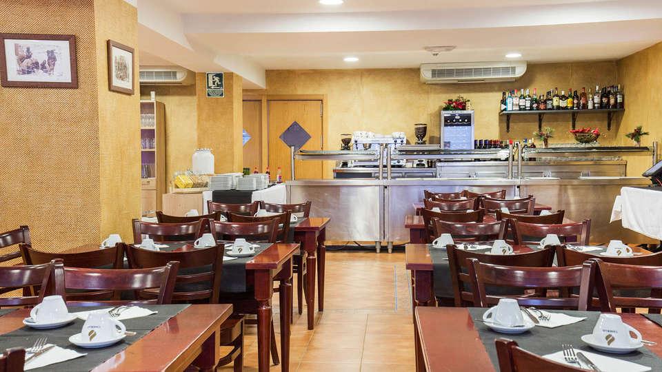 Hotel Catalunya Ski - EDIT_Buffet_3.jpg