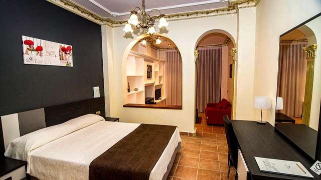 Escapada a Jalance en un hotel en medio de las montañas con impresionantes vistas al río