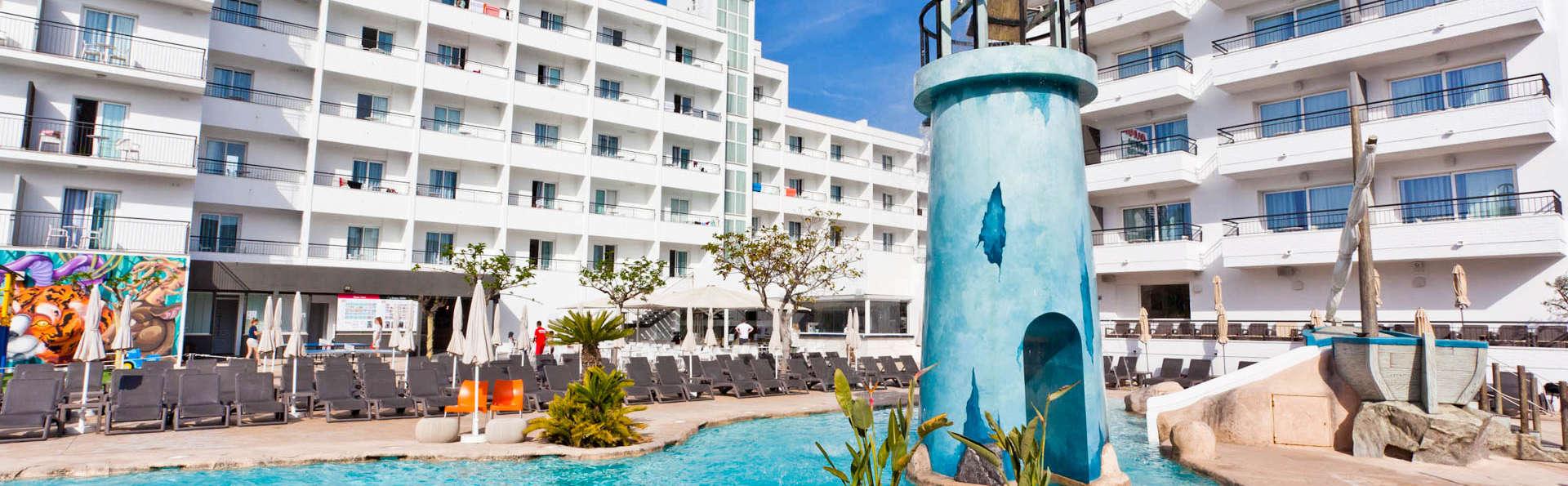Hotel Pineda Splash - EDIT_EXTERIOR2.jpg