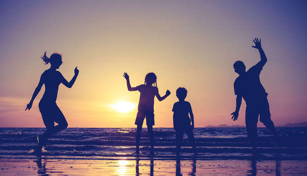 Vacances familiales sur la Costa Brava en demi-pension