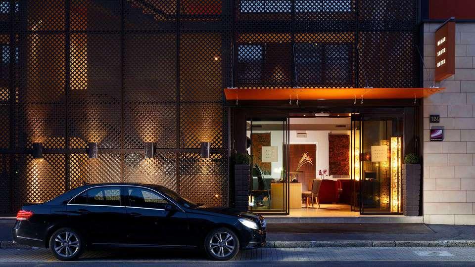 Milan Suite Hotel - EDIT_FRONT.jpg