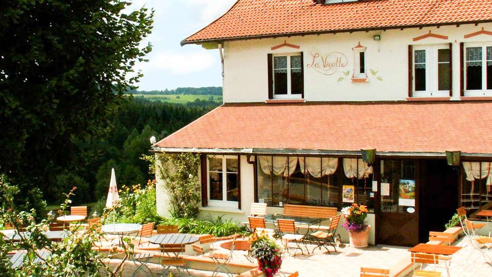 Hôtel Restaurant de la Vigotte - EDIT_FRONT.jpg