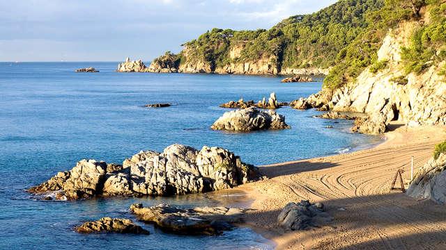 Playas paradisíacas y vida nocturna en Lloret de Mar (desde 3 noches)
