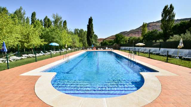 Oferta Weekendesk: Media pensión con spa en Reolid, el corazón de la Sierra de Albacete