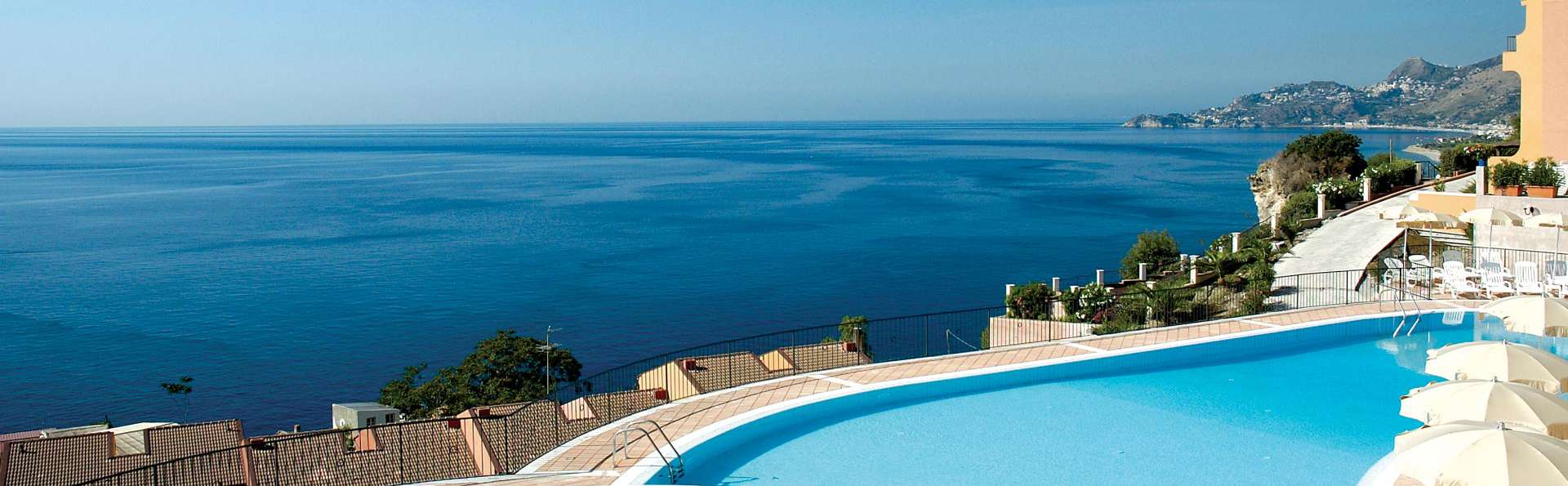 Capo dei Greci Taormina Coast - Resort Hotel & SPA - EDIT_POOL_01.jpg
