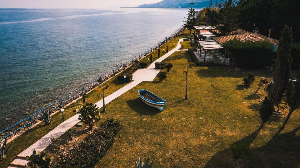 Hotel La Playa Blanca - EDIT_VIEW3.jpg