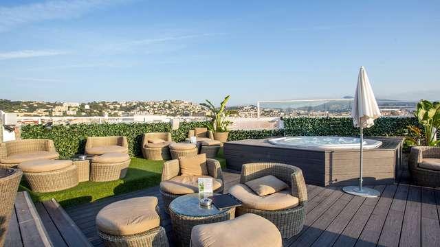 Escapada romántica con champán en Niza