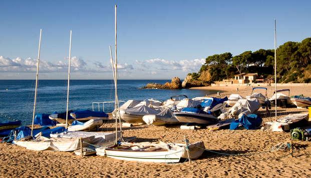 Disfruta en pensión completa de unas vacaciones en primera línea de mar (desde 3 noches)