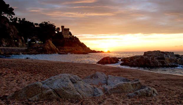 Profitez des plages magnifiques de Lloret de Mar en demi-pension (à partir de 3 nuits)