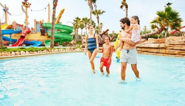 Verano en Familia en Salou con entradas al Parque Acuático Caribe