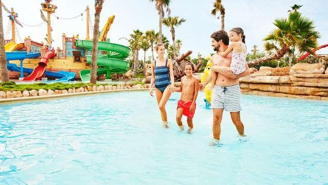 Escapada con entradas a PortAventura y  Caribe Aquatic Park