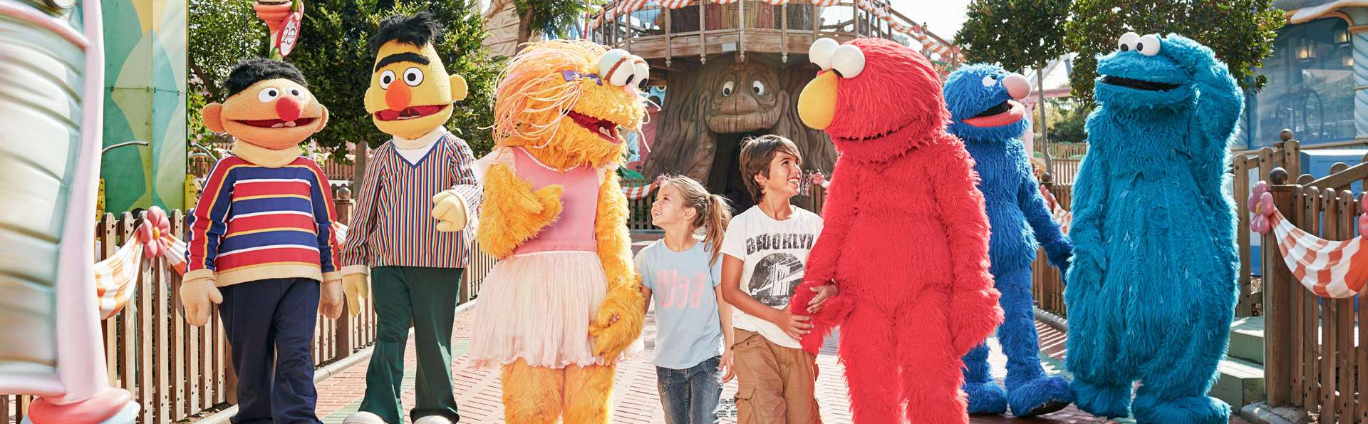 Un plan d'enfer en famille ! Entrées à PortAventura avec hôtel à Salou, Demi-pension et Spa