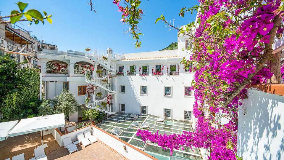 Hotel Villa Romana - EDIT_NEW_POOL4.jpg