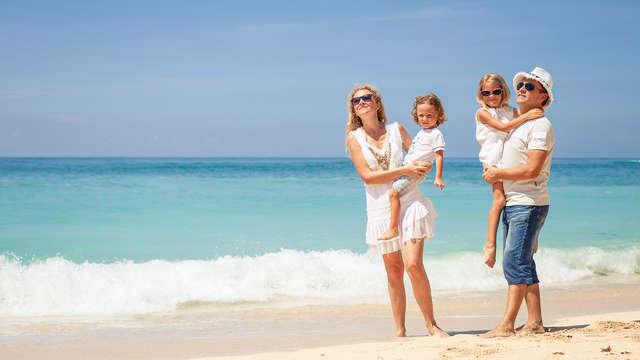 Profitez en famille avec deux enfants compris et pension complète sur la Costa Brava
