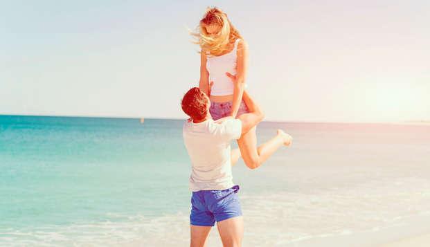 No te preocupes por nada y disfruta del todo incluido en pareja en Lloret de Mar