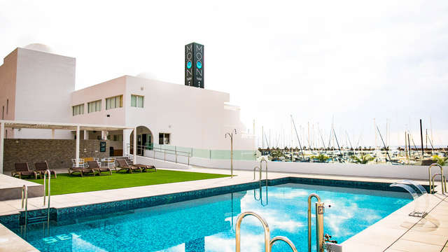 Ontspannend uitje: toegang tot de wellness en uitzicht op zee in Aguadulce, Almería