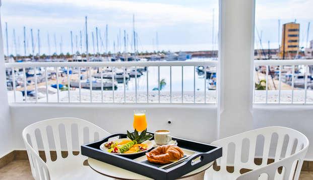 Escapada con desayuno en Hotel 4* en Aguadulce, Almería