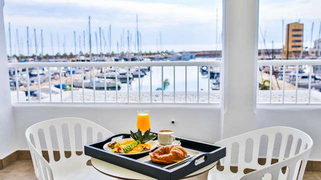 Escapade petit-déjeuner inclus dans un hôtel 4* à Aguadulce, dans la province d'Almeria