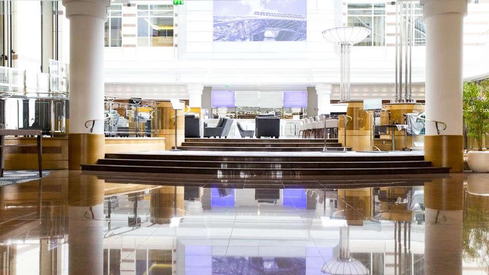 Hilton Paris Charles de Gaulle Airport  - EDIT_LOOBY.jpg