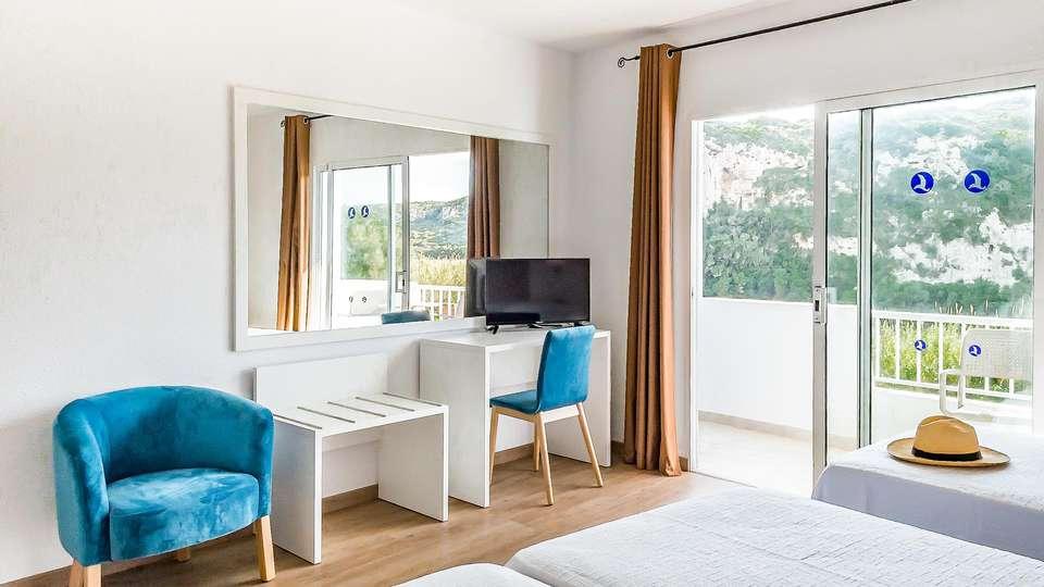 Hotel Paradis Blau - EDIT_ROOM_13.jpg