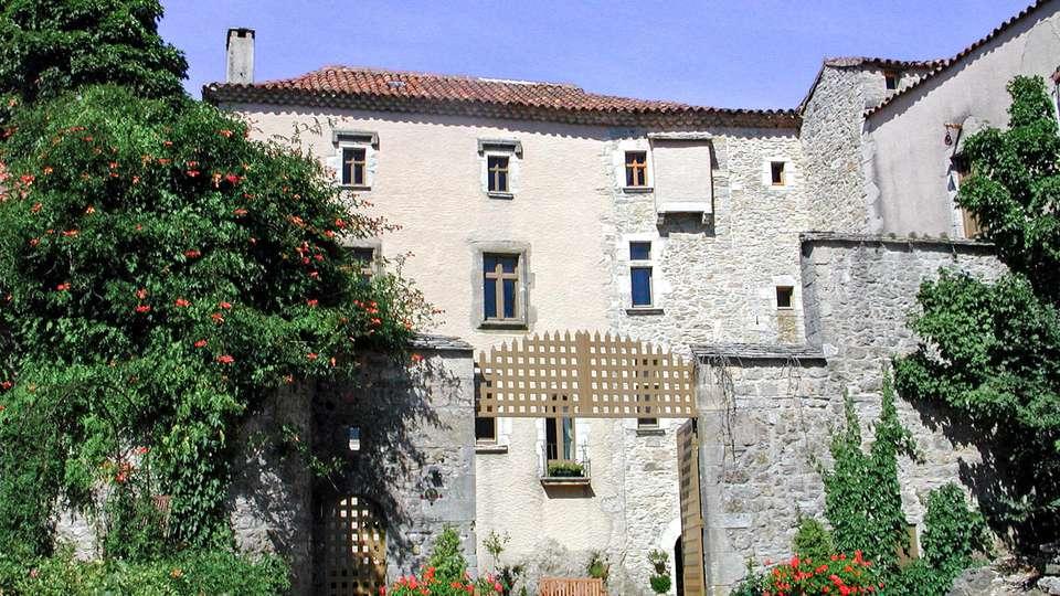 Château Du Cros - EDIT_FRONT_03.jpg